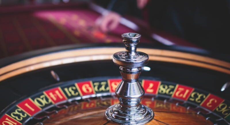 Play Casino Roulette Game Online and In Land-Based-Casinos